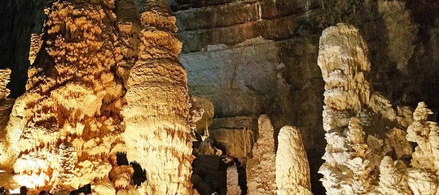 Rondleiding door Grotte di Frasassi